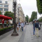 Champs Elysées, sol et trottoirs en granit